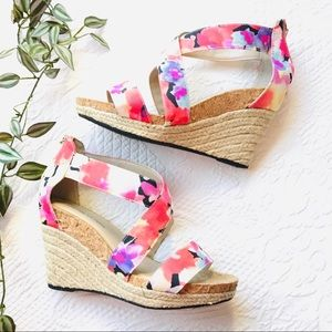 Adrienne Vittadini Wedge Sandals